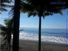 Se Vende Precioso y amplio terreno ubicado junto a la playa